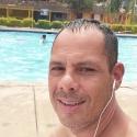 single men like Gustavo Torres