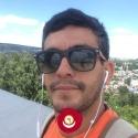 single men like Dariel Gonzalez