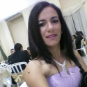buscar mujeres solteras con foto como Emi