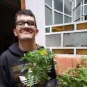meet people like Juanchi