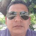 single men like Edg 25041983