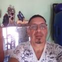 meet people like Carlos Edmundo
