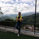 meet people with pictures like Oswaldo Ospina
