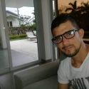single men with pictures like Luis Edilson Vargas