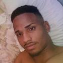 single men like Anyer Agüero Tendero