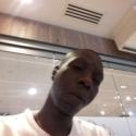 buscar hombres solteros con foto como Latif