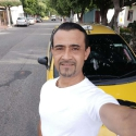 single men with pictures like Omar Delgado