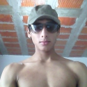 meet people with pictures like Leandro92