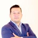 Love online with Gustavo Ramírez Gonz