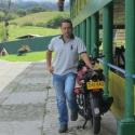 buscar hombres solteros como Carlos Silva