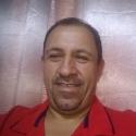 single men with pictures like Óscar Arango