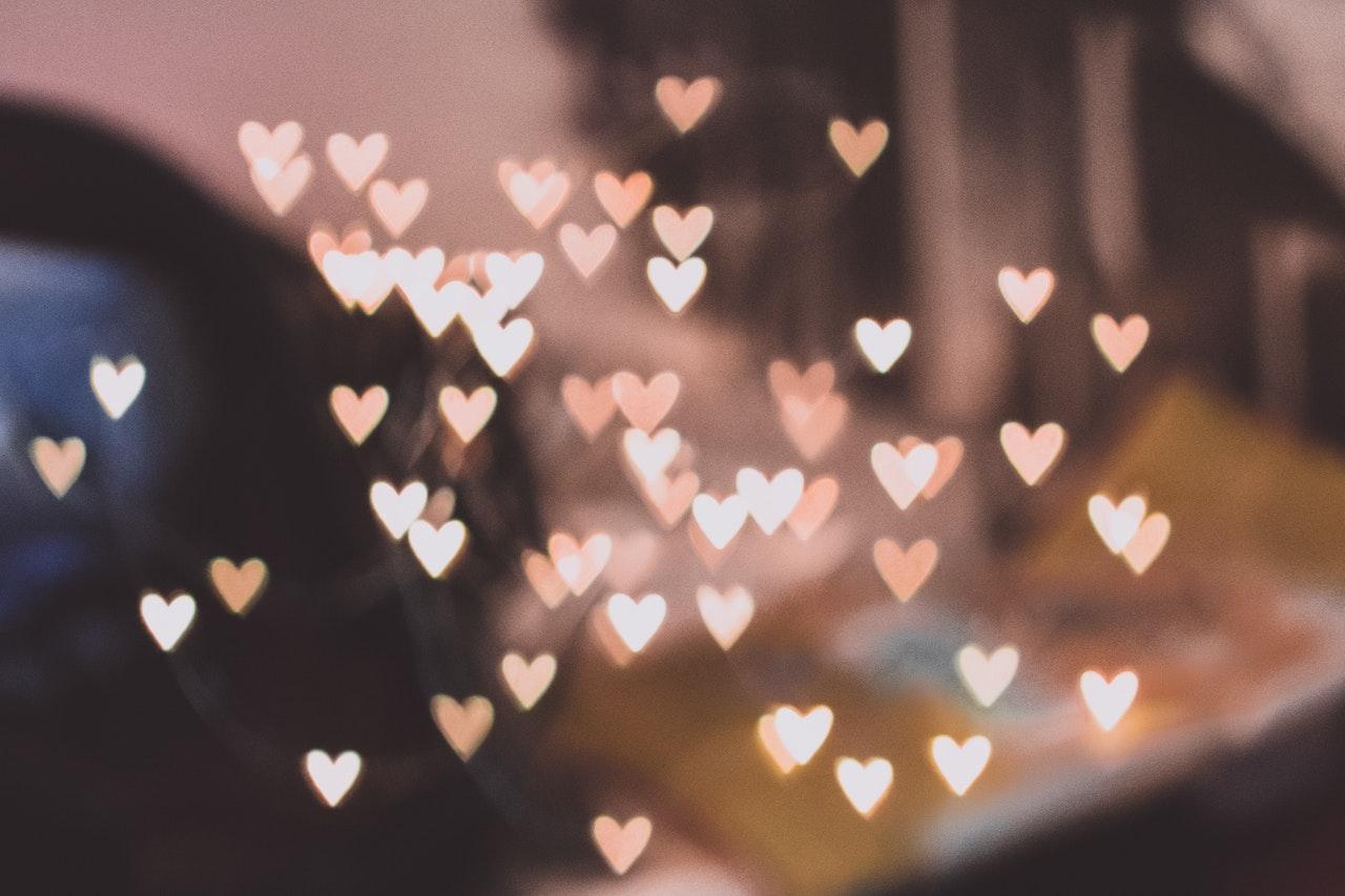 Frases de amor de Albert Camus - Mobifriends