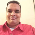 Lester Flores