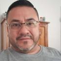 single men with pictures like Alan González